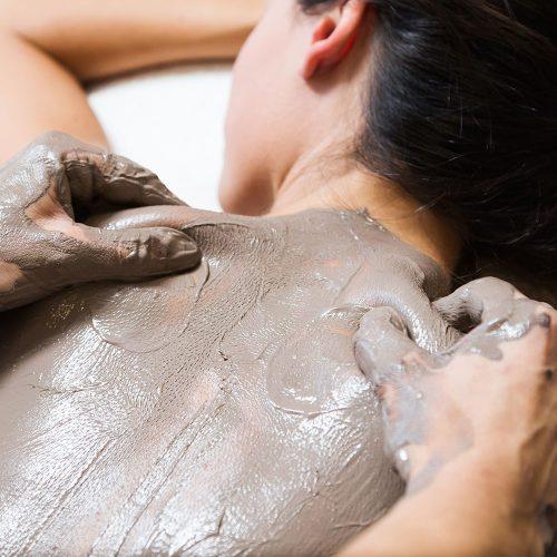 woman having a Sodashi Body Renewal treatment